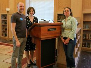 Wikipedia editor Jason Moore (left), Wiki Education Foundation Director of Programs LiAnna Davis (center) and University of Oregon librarian Annie Zeidman-Karpinski chat before Jason and LiAnna's presentation on teaching with Wikipedia at the Knight Library on March 19, 2015.
