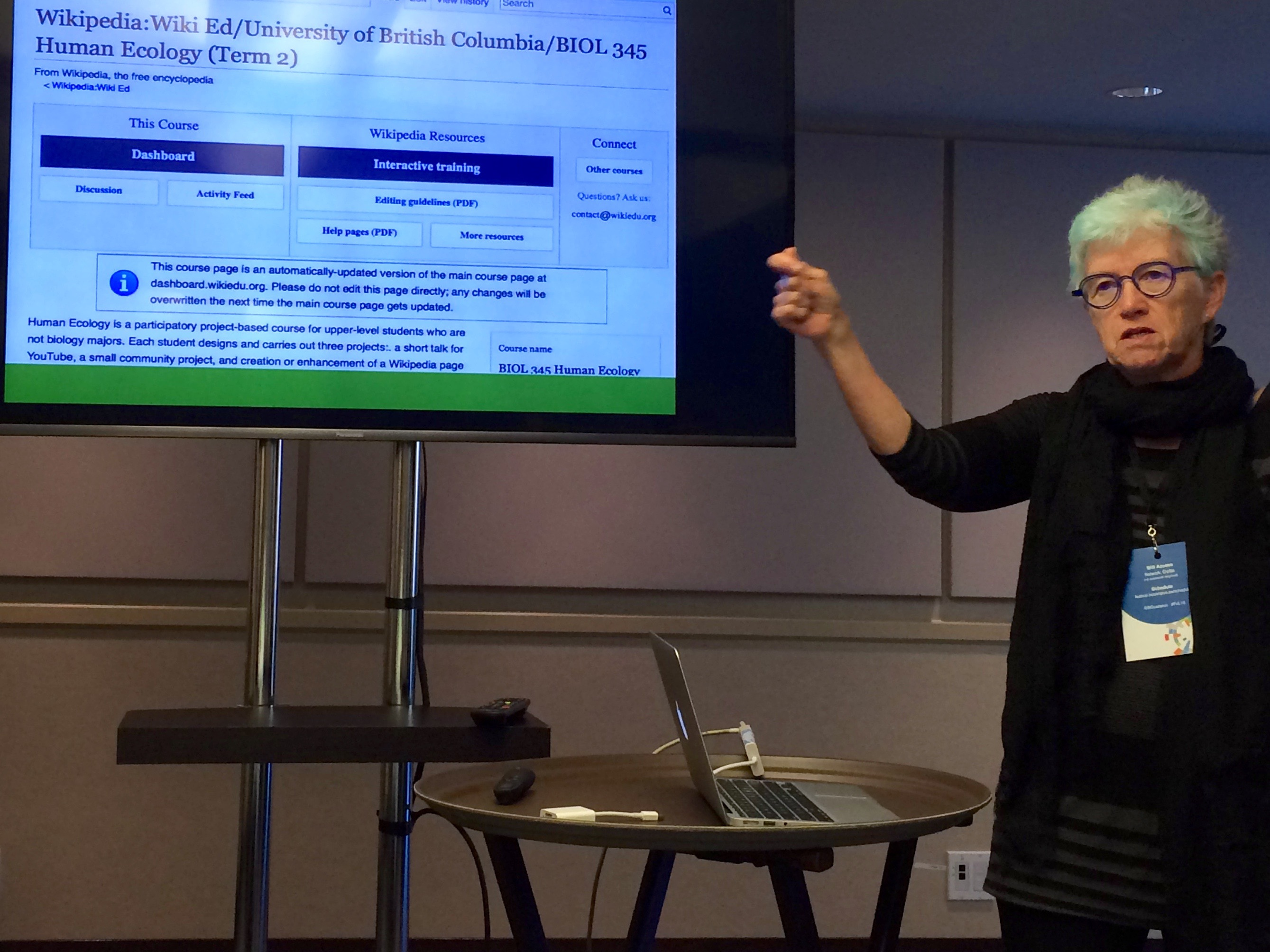Dr. Rose Redfield leads a presentation on teaching with Wikipedia at the Festival of Learning in British Columbia.